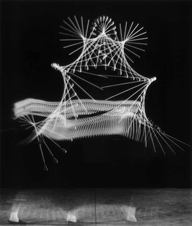 Harold Edgerton, Drum Majorette, 1953